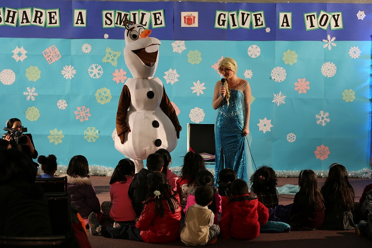 """Share a Smile, Give a Toy"" Holiday Toy Giveaway"